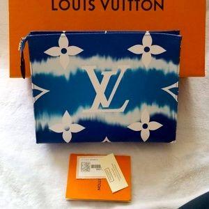 ‼️SOLD‼️Louis Vuitton ToiletryPouch T26 Escale Ble